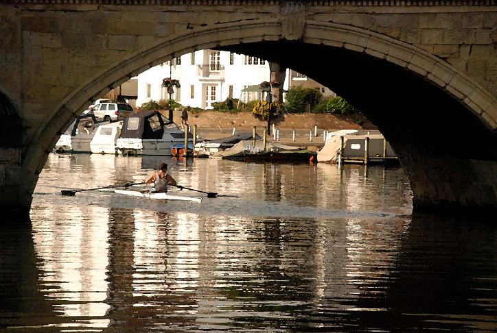 underbridgehenley-on-thamesoxfordshire