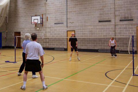 Badminton 37